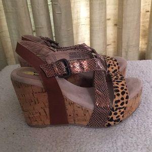 Volatile Animal Print  Leather Upper Sandals Sz 6